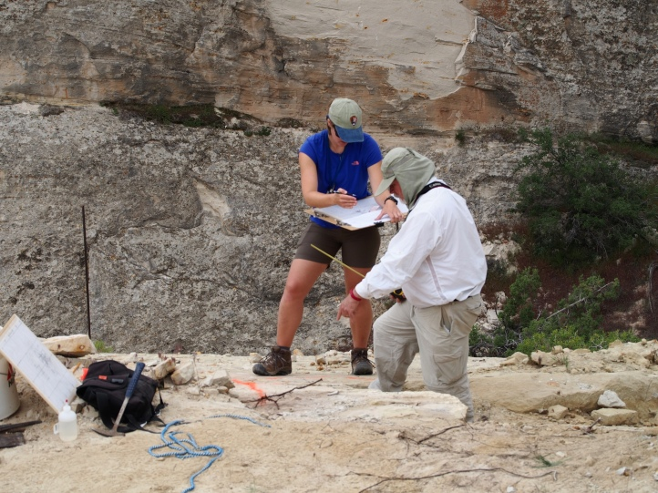 GIP Trinity Stirling and Paleontologist George Englemann collaborate on the quarry map.