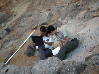 Thea and Marie at Carnegie Quarry