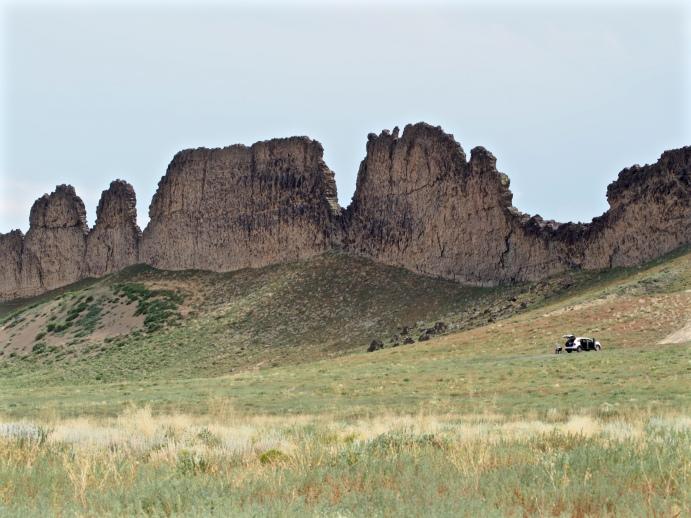 Basalt dikes at Shiprock